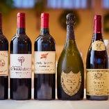 ワインも豊富。 グラスワインは800円~