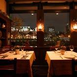【2~32名様】リバーサイドの夜景を楽しむテーブル席