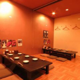 小宴会から団体様まで各種個室をご用意しております。