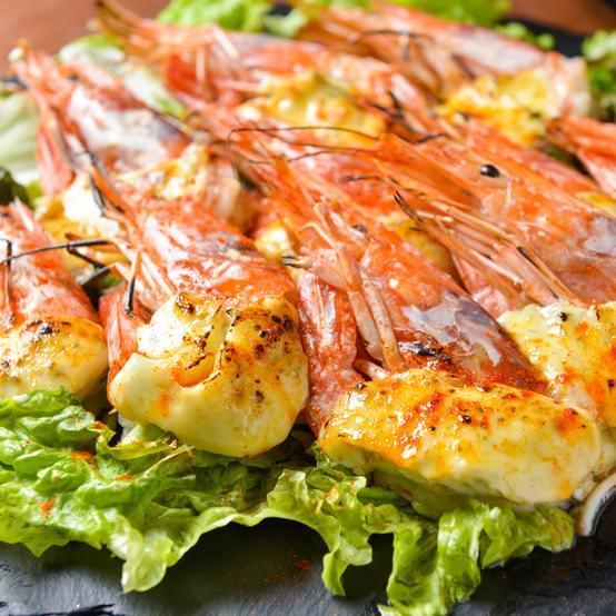 多種多様な海老とお料理でおもてなしします♪