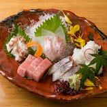 《旬魚を堪能》 瀬戸内、和歌山、長崎産を中心に仕入れています