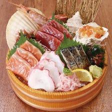 新鮮な海鮮の盛り合せもおすすめ