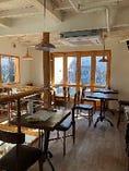 2階建ての吹抜け1軒家イタリアン・レストラン