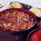 『特上二段ひつまぶし』。こだわりの詰まった鰻料理の数々!