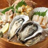 人気の刺身盛り合わせ 北海道の産直鮮魚に舌づつみ。