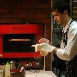 【本場の味】 500度の窯で焼き上げるもっちもちの絶品ピッツァ