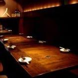 大人数でも座れるテーブル席!