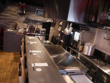 鉄板焼き Italian Dining Bar 焔 HOMURA  店内の画像