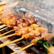 備長炭で焼く旨味が凝縮された串焼き