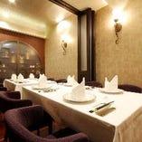 ご会食、ご接待に最適の完全個室。2名様~16名様のお部屋ご用意
