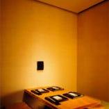 モダンで落ち着いた雰囲気の お座敷の個室で。