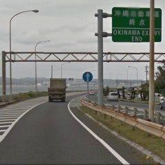 58号線との合流地点海岸沿いを名護市街方面へと走ります。