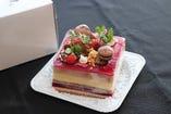 5名以上で記念日コースをご利用の場合、ホールケーキに変更可能
