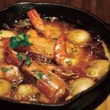 旭産マッシュルームと赤えびのガーリックオイル煮