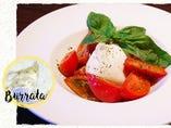 イタリア産ブッラータチーズと美味しいトマトのカプレーゼ