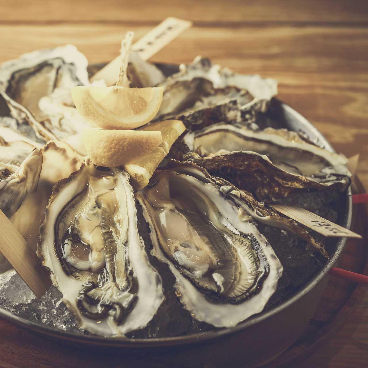 『活生牡蠣』