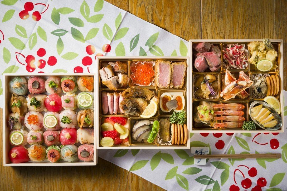 せいすオリジナル手毬寿司と高級食材が揃う豪華なラインナップ。