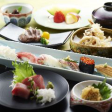 お祝いに最適な個室と贅沢な和食料理