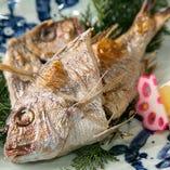煮たり焼いたり♪地魚料理は華やかな大皿でご用意