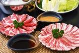 魚だけじゃなく肉にもこだわりを!鹿児島産黒豚【鹿児島県】