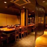 【6階】テーブルフロア  ビックテーブル・・・1名様や2名様がお楽しみ頂けるカウンター席となっております♪