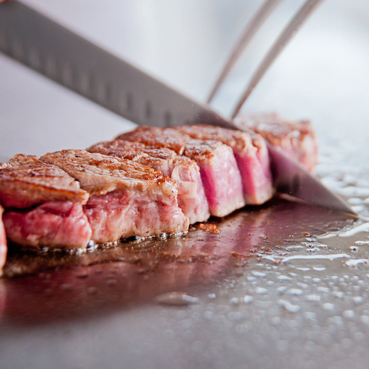 最高級の神戸ビーフステーキ
