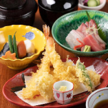 天ぷらに造りなど、人気メニューをお得に味わえるランチ
