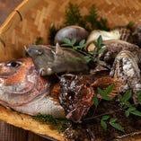 鮮魚は食感、旨味が違います。お刺身もリ盛り合わせでどうぞ!