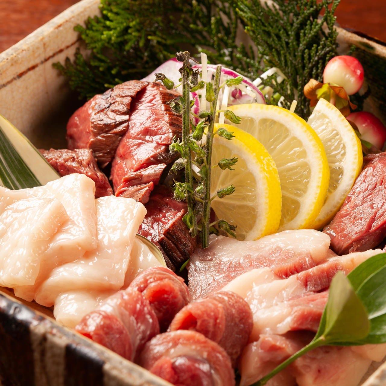熊本の卸から直送の馬刺しや新鮮魚介