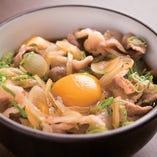 神戸牛丼やサーロイン牛丼など、当店ならではの〆も人気です