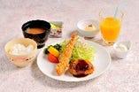 お子様膳 (やまと豚ハンバーグ+海老フライ+フライドポテト)