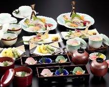 『季節会席』旬の食材を使った治兵衛の数ある会席の中でも人気NO.1!蒸物、焼物、揚物含む全9品を堪能!