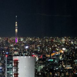 地上200Mからの圧巻夜景。記念日やご接待などの特別なシーンに。