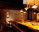 オープンキッチンで落ち着いた雰囲気 カウンターがオススメです