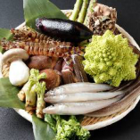 四季折々の旬食材をふんだんに盛り込んだ贅沢な味わいをご堪能