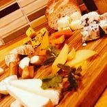チーズ12種てんこ盛り
