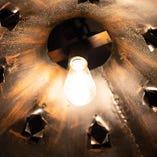 オールドランプが灯る空間。