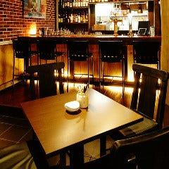テーブル席(2名様~8名様)