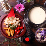 冬季限定のチーズフォンデュ