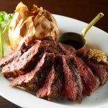 食べ応え抜群300g!!アメリカ産牛ロース肉のステーキ。