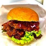 韓国フライドチキンバーガー『クリスプチキンサンドバーガー』
