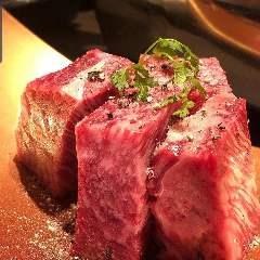 赤身専門焼肉と肉料理のお店 あかみ屋