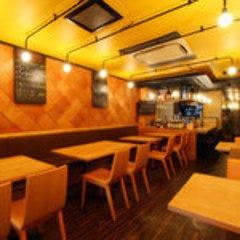 OSAKA酒場 あじひと  店内の画像