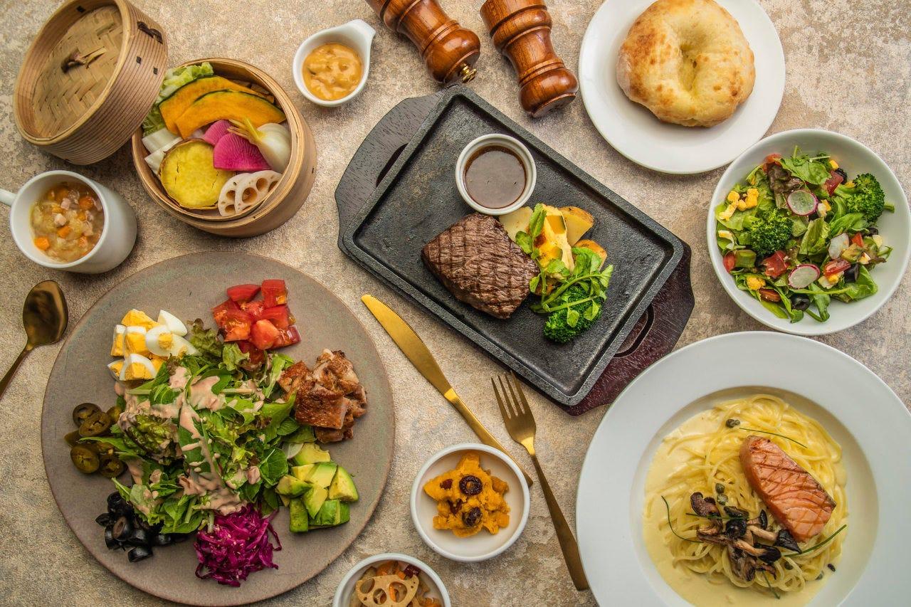 パスタやカレー、ボリュームのあるステーキなど幅広くご用意