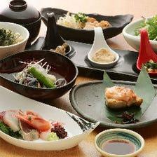 【2H飲み放題付】旬の宴会コース(7品)お造り盛り合わせに煮物、焼き物、揚物など季節の美皿を満喫