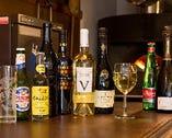 ワインは7~8種。アマルフィのレモンを使ったドリンクもある。