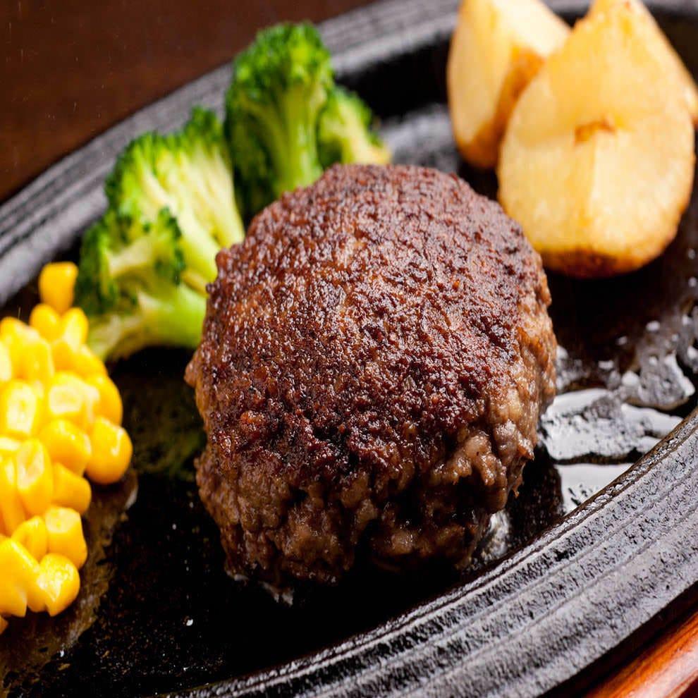 お店で挽いた厳選挽肉の黒毛和牛100%ハンバーグランチ
