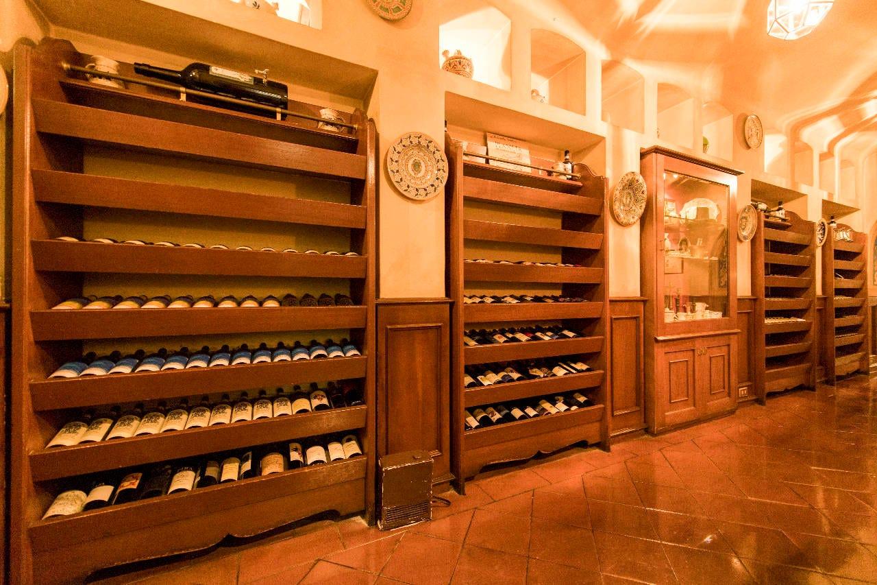 ■イタリアワインを中心に約50種常備