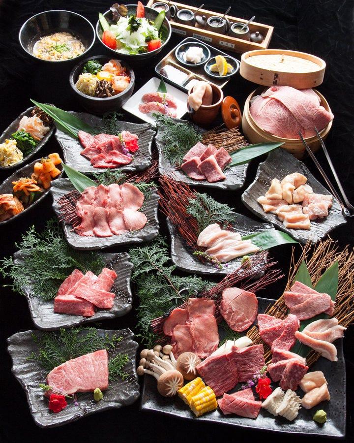 厳選した最高のお肉を 内容充実のコースでご用意♪