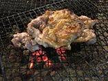 地鶏もも肉の炭火焼き